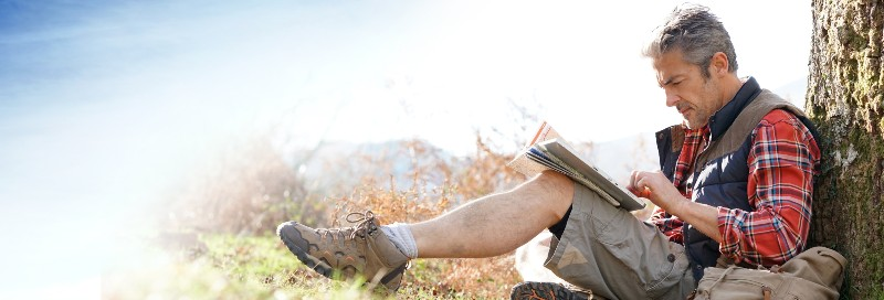 5 important hiking safety tips for active seniors